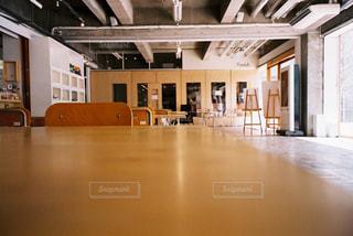 台所の床の眺めの写真・画像素材[2381633]