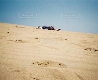 砂浜の写真・画像素材[2381652]