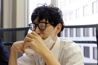眼鏡をかけている人の写真・画像素材[2945241]