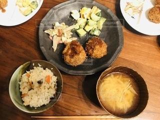家庭の夕食の写真・画像素材[2719449]