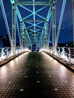 近くの橋の上の写真・画像素材[1126178]
