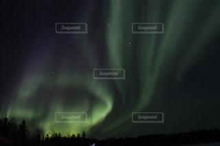 カナダイエローナイフのオーロラの写真・画像素材[1126333]