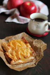 アップルパイと紅茶の写真・画像素材[1705122]