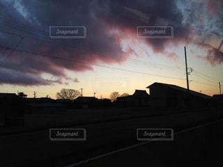 日没の前の空の写真・画像素材[1129695]