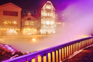 紫光の湯畑の写真・画像素材[1128729]
