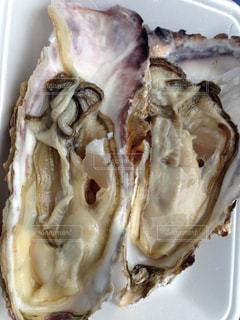 焼き牡蠣の写真・画像素材[1128755]