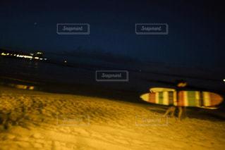 街に沈む夕日の写真・画像素材[1136541]