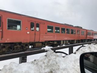 雪に覆われた鉄道の写真・画像素材[1138622]