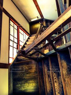 レトロな階段の写真・画像素材[1136326]