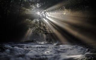 背景の滝の写真・画像素材[3527694]