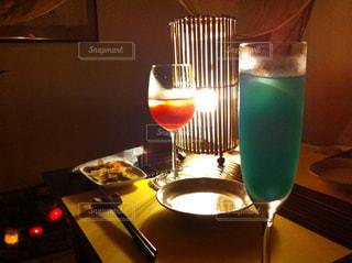 二人でお酒をの写真・画像素材[1141141]