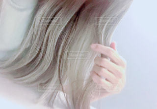 しっとりサラサラのグレイヘアにの写真・画像素材[2162655]