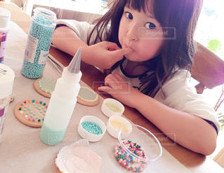 アイシングクッキー作りの写真・画像素材[2301755]