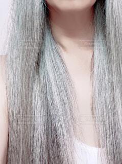 硬い毛質のグレイヘアの写真・画像素材[4505663]