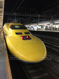 幻の黄色い新幹線の写真・画像素材[1138036]
