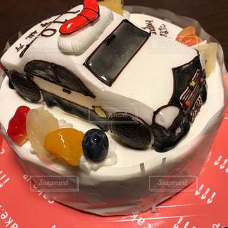 皿の上のケーキの写真・画像素材[1141239]