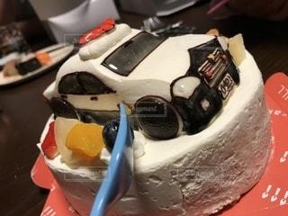 テーブルの上のケーキの写真・画像素材[1141240]