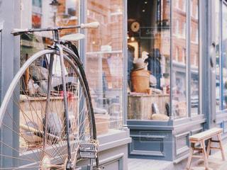 アンティークな自転車の写真・画像素材[1989061]