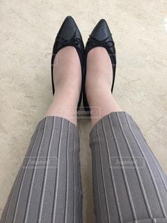 女性の足の写真・画像素材[1234973]