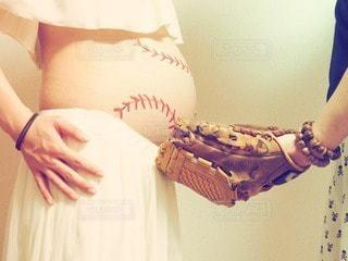 女性,男性,家族,恋人,2人,20代,ファッション,赤ちゃん,マタニティ,野球,妊婦