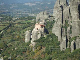 崖の上の修道院メテオラ - No.1151249