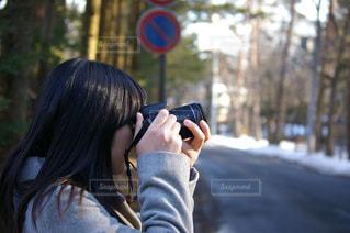 カメラ女子の写真・画像素材[1140897]