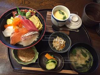 海鮮丼ランチの写真・画像素材[1140922]