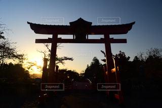 日没と鳥居の写真・画像素材[1141634]