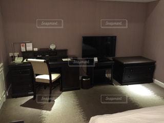 ホテルのデスクの写真・画像素材[1142446]