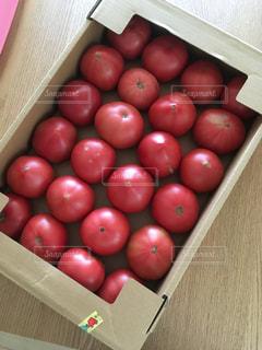 異なる種類の果物で満たされた箱の写真・画像素材[2180712]