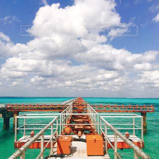 下地島の桟橋の写真・画像素材[1141999]