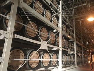 ウイスキー樽の写真・画像素材[1145767]