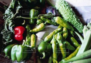 果物と野菜のサラダ ボウルの写真・画像素材[1044610]