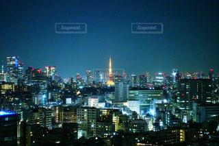 東京タワーと青い夜景の写真・画像素材[1989970]