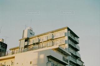 背の高い建物の写真・画像素材[1817026]