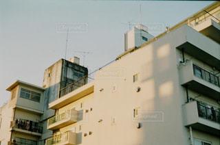 背の高い建物の写真・画像素材[1817028]
