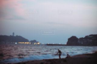 夕暮れの海の写真・画像素材[1372361]