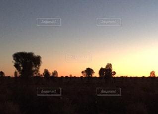 エアーズロックの夕日の写真・画像素材[1151866]