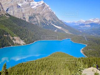 ペイトー湖の景色の写真・画像素材[1154276]