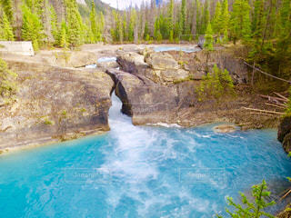 大きな滝の写真・画像素材[1154282]