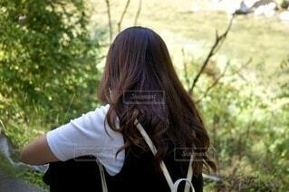 長い髪の女性の写真・画像素材[3794799]