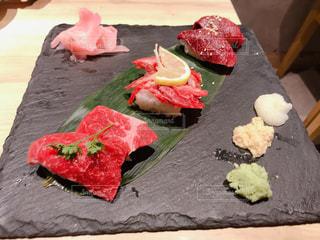 馬肉のお寿司の写真・画像素材[1181963]