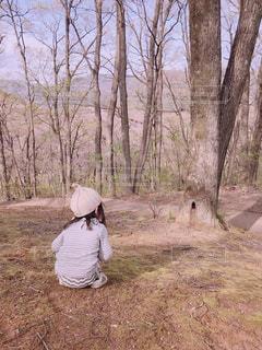 森の中の人の写真・画像素材[1155702]