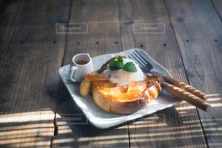 りんごのキャラメリゼの写真・画像素材[1162751]