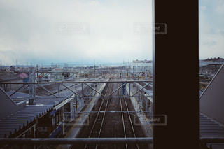 駅の乗り換え通路からの風景の写真・画像素材[1211671]