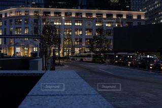 夜の街の景色の写真・画像素材[1252918]