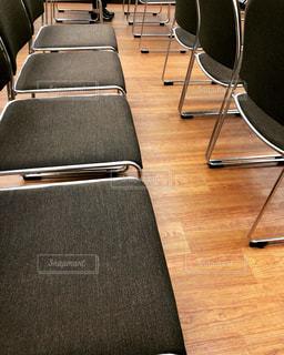 ホールに並ぶイスの写真・画像素材[1283223]