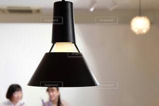 部屋の照明の写真・画像素材[1829172]