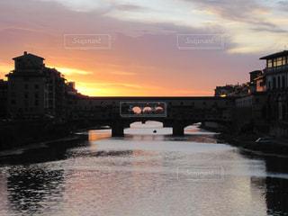 フィレンツェの夕暮れの写真・画像素材[1160217]