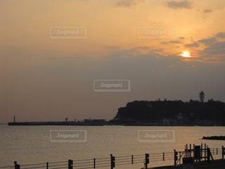 江ノ島の夕日の写真・画像素材[1161482]